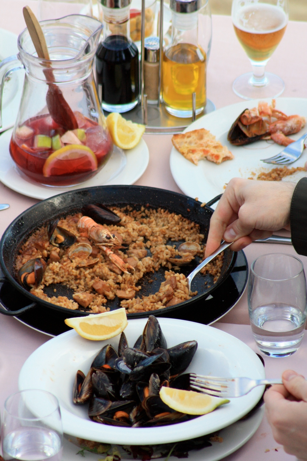 Famous Barcelona paella and sangria at the waterfront.